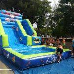 tobogan-superheroes-con-piscina